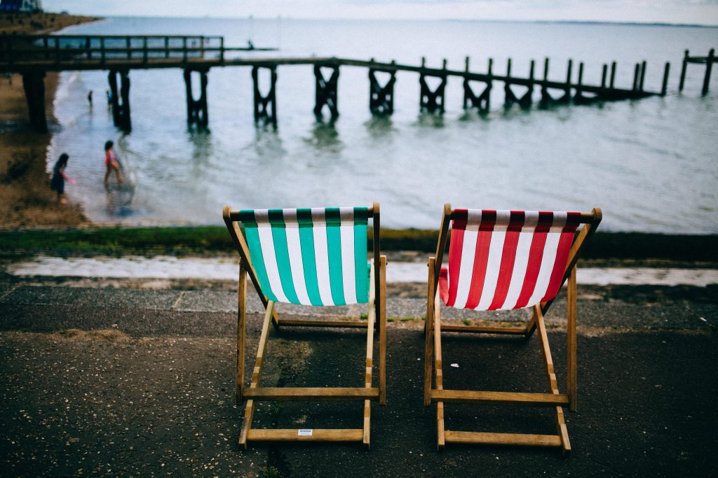 Southend Seafront - Private Hire & Airport Transfers